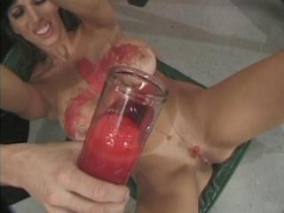 genitalpunishment_0004_5_1_320_240